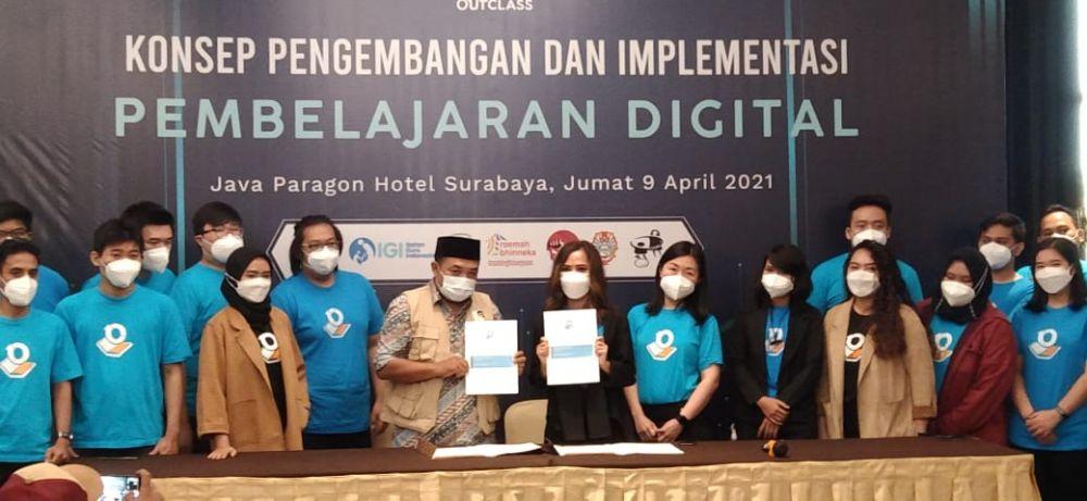 OutClass: Terobosan Bagi Guru Indonesia Hadapi