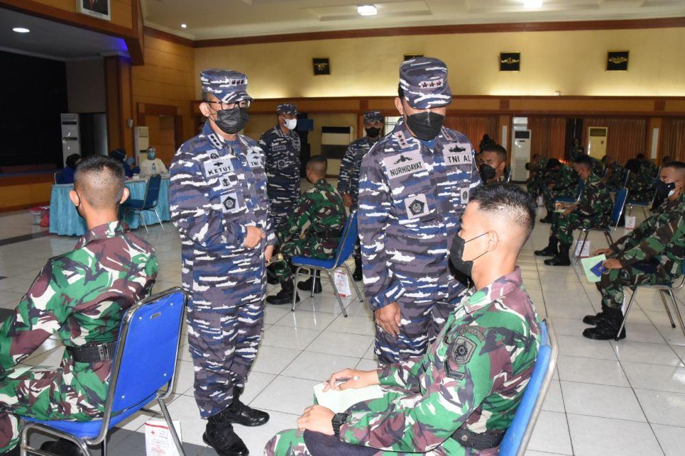 Donor Plasma Konvalesen Hari ke-2 Prajurit Kodiklat TNI AL di Bumimoro