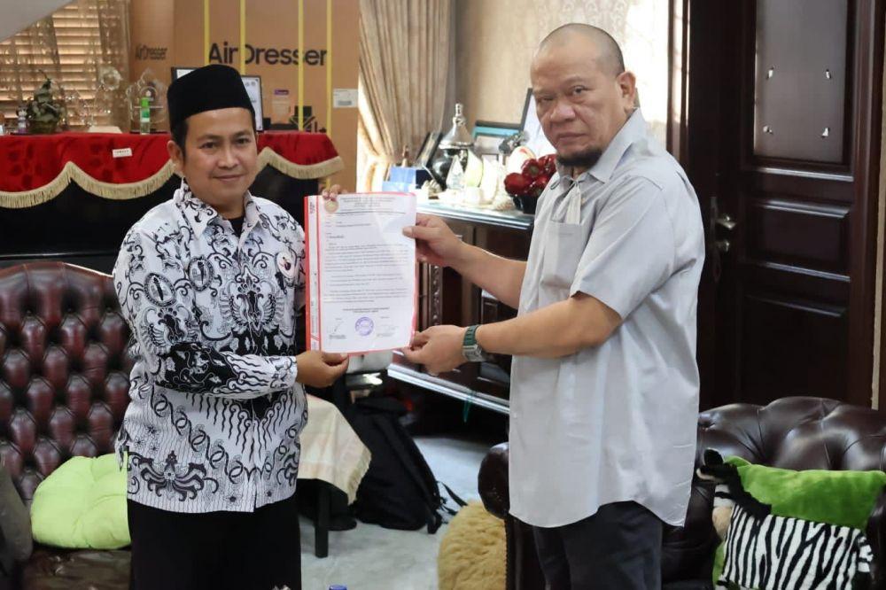 Forum Honorer PGRI Jember Adukan Formasi PPPK ke Ketua DPD RI