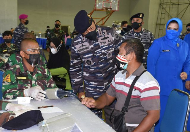 Antusiasme Vaksin ke-2 Warga Surabaya di Kodiklatal Cukup Tinggi