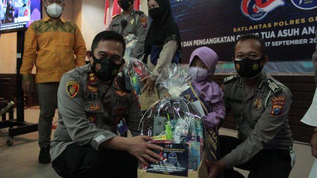 HUT Lantas, Polantas Gresik Angkat Anak Asuh Yatim Terdampak Covid-19