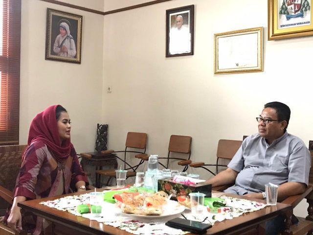 Puti Guntur Soekarno melakukan silaturahmi ke Keuskupan Surabaya